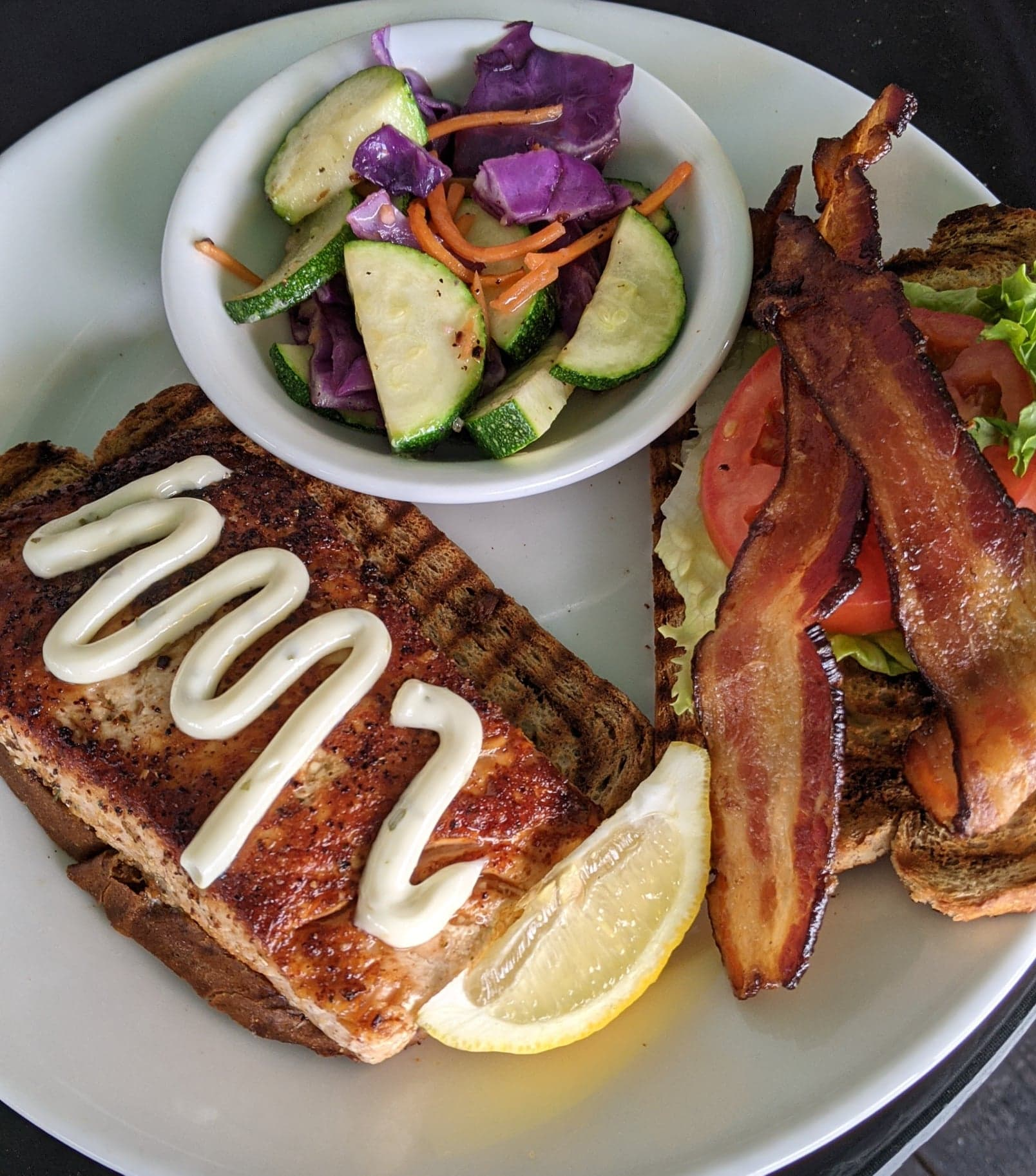 salmon blt lunch pic